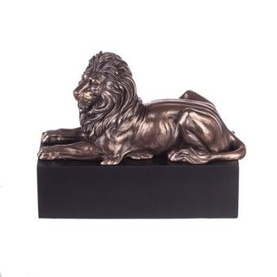 Лъв на постамент - 22 см
