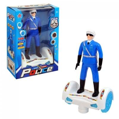Полицай с ховърборд, COSMOPOLIS
