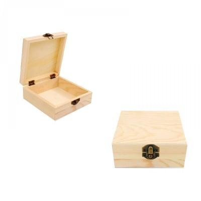 Кутия дървена 12x12x5 см