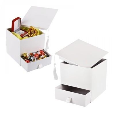 """Подаръчна кутия с чекмедже """"Дипломиране"""""""