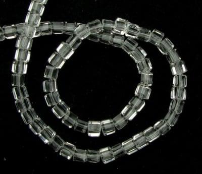 Наниз мъниста стъкло куб 4x4x4 мм дупка 1 мм фасетирано прозрачно ~100 броя