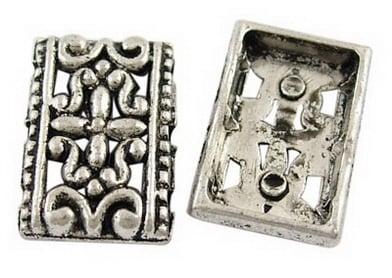 Свързващ елемент метал 17x12x3 мм три дупки 1.5 мм цвят сребро -5 броя