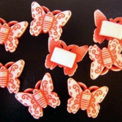 Пеперуда 17х21мм. 2х7 дупка -50 грама~61 броя Червена