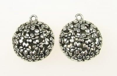 Висулка метална сфера 29x25x15 мм дупка 2.5 мм цвят старо сребро -2 броя
