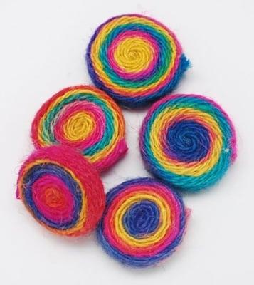 Мънисто текстил 35x10 мм цветно - 2 броя