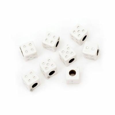 Мънисто имитация камъчета зар 6 мм дупка 3 мм бяло -20 грама ~104 броя