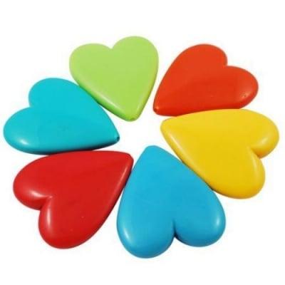 Сърце 46x40x10 мм дупка 2 мм плътно цветно -50 гр ~5 бр