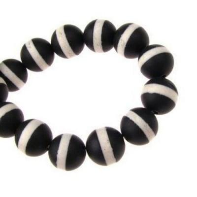 Наниз мъниста полускъпоценен камък АХАТ черно-бял клас А топче матирано 8 мм ~48 броя