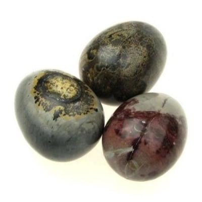 Яйцe естествен камък 36±42x47±52 мм без дупка