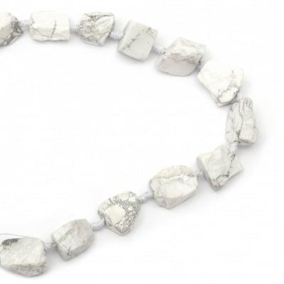 Наниз мъниста полускъпоценен камък ХАУЛИТ 19~32x16~28x6~18 мм ~15 броя