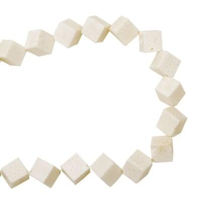 Наниз мъниста полускъпоценен камък КОРАЛ бял куб 12x12 мм ~22 броя
