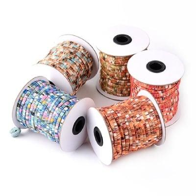 Шнур текстил и ламе 4x1 мм плосък МИКС -1 метър