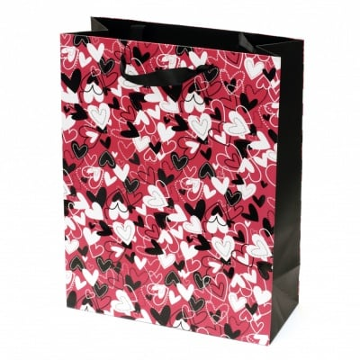 Торбичка подаръчна от картон 266x350x114 мм сърца