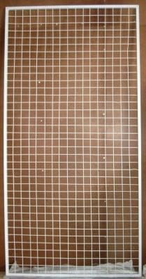 Стелаж метална решетка -скара 200х100 см. с рамка квадрат