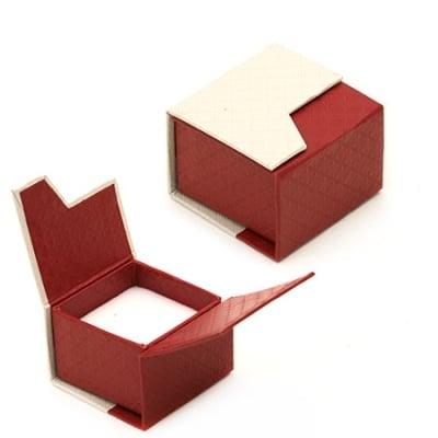 Кутийка за бижута 50x50x40 мм с магнит