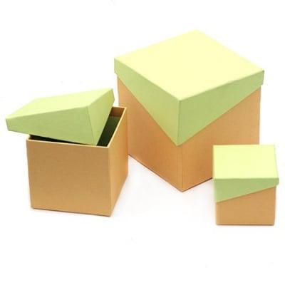 Кутия картон комплект от 3 броя -7x7.2 см, 10.5x10.1 см, 13x13.2 см цвят жълто и зелено