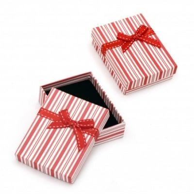 Кутийка за бижута 70x90 мм бяло и червено