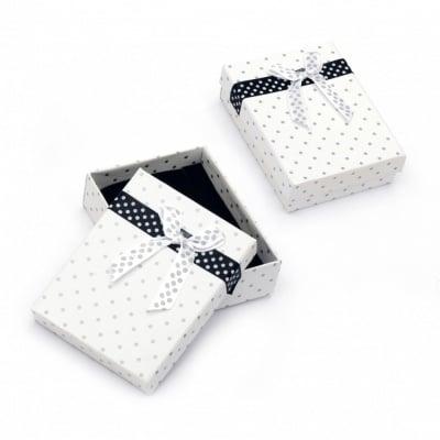 Кутийка за бижута 70x90 мм бяла на точки