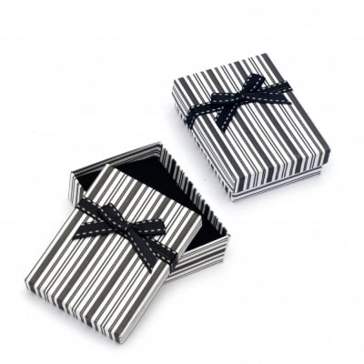 Кутийка за бижута 70x90 мм бяло и черно