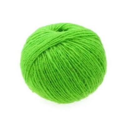 Прежда вълна зелена светла -50 грама