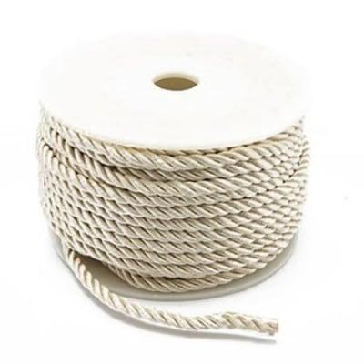 Шнур полиестер 3 мм бял -1 метър
