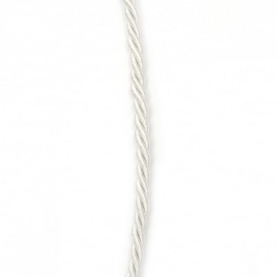 Шнур полиестер 3 мм пресукан цвят бял ~5 метра