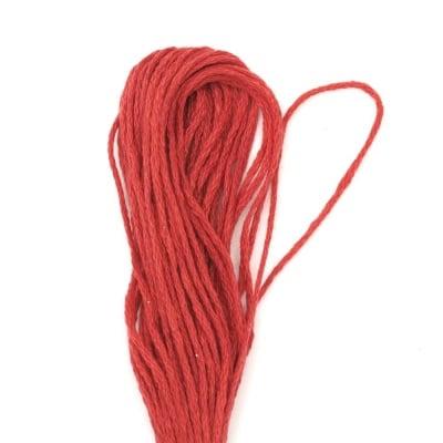 Мулине червено 6 нишки ~8 метра