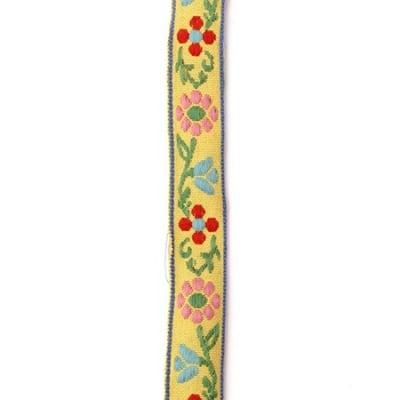 Ширит 17 мм жълт с розови,червени и сини цветя -5 метра