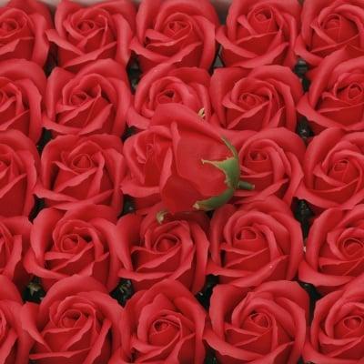 Сапунена роза 50 мм ароматна цвят червен