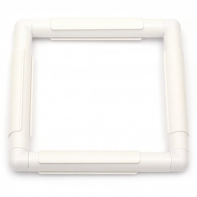 Рамка за бродиране пластмасова 20.3x20.3 см