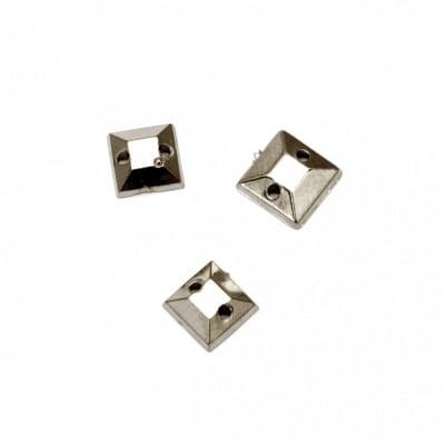 Камък акрил за пришиване 6x2x6 мм квадрат цвят сребро -50 броя