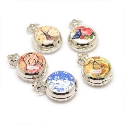 Часовник джобен метал цвят сребро отварящ кварц порцелан 40x29.5x15 мм. АСОРТЕ