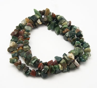 Наниз естествени камъни чипс 8-12 мм ~90 см АХАТ ИНДИЙСКИ ~157 броя