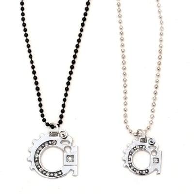 Гердан метал цвят сребро и черен кристали -2 броя 27 см. 29 см.