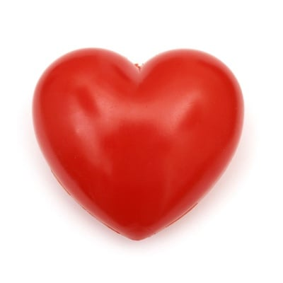 Сърце пластмасово 95 мм с дупка 3 мм червено