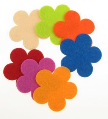 Цвете филц 57x3 мм микс цветове -5 бр