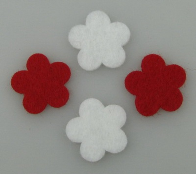 Цвете филц 20x2 мм бяло и червено по 10 броя