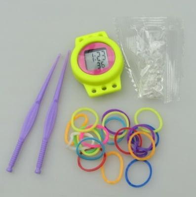 Комплект за плетене на гривни с часовник кръг АСОРТЕ