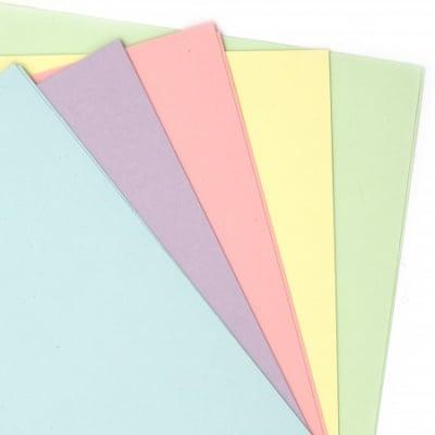 Картон цветен 200 гр 18.7x19 см микс цветове - 10 броя