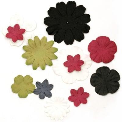 Цветя от хартия релефни от 25 мм до 60 мм бели, зелени, червени и черни-3 гр. приблизително 25 бр.