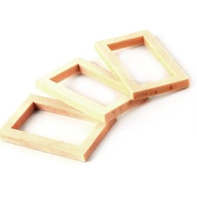 Рамка дървена 50x29.5~30x4.5~5 мм -4 броя