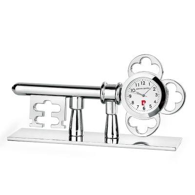 Часовник PIERRE CARDIN -  ключ