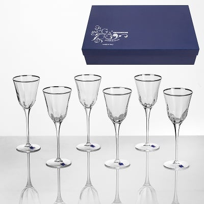 Julia 6 чаши вино