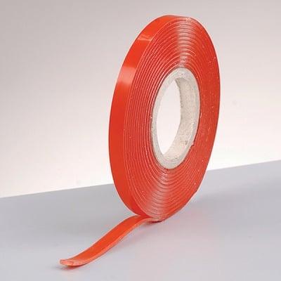 Деко лента, изключително силно залепваща, 5 mm х 1 mm х 2 m, 1 бр.