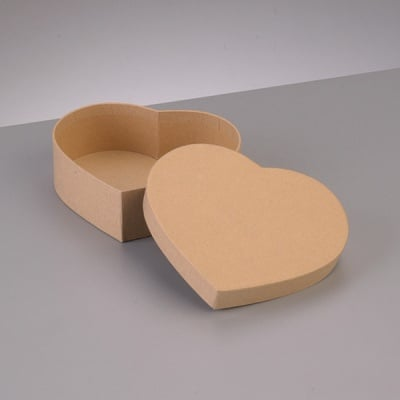 Кутия от папие маше във формата на сърце, 6,5 x 6 x H 4,5 cm