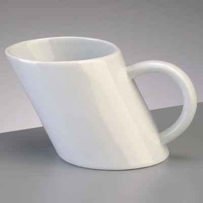 Порцеланова чаша, наклонена, ф 9 x 8 H 8,5 cm, 300