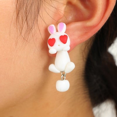 "Арт обеци с 3D ефект - ""Lovely Rabbit"" - влюбено зайче"