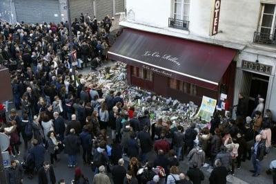 Терористичните атентати в Париж - неща, които будят съмнение в официалната версия на власти и медии