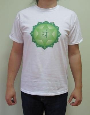 ЧЕТВЪРТА ЧАКРА (АНАХАТА)– тениска – бяла, унисекс