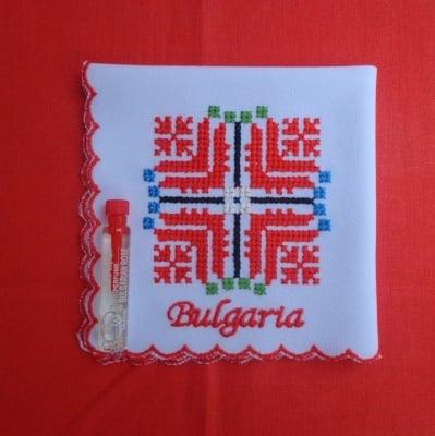 Бродирана кърпичка България